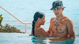 Tyler Herro presume de sus nuevos tatuajes junto a su pareja Katya...
