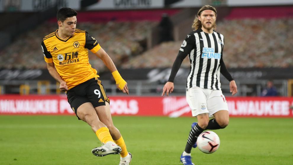 Raúl Jiménez confesó que fue frustrante empatar ante el Newcastle...