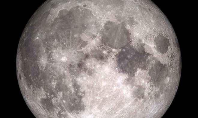 Hay agua en la Luna en una zona más accesible.