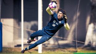 Guillermo Ochoa podría regresar con el América el fin de semana. |
