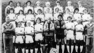 El Borussia campeón de liga en 1976: Bonhof, Vogts, Simonsen, Jensen,...