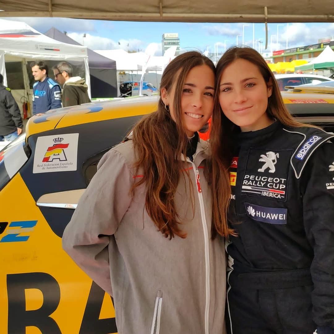 Laura y María Salvo.