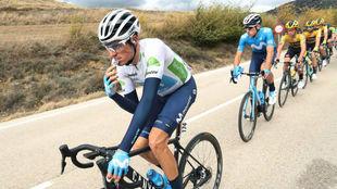 Enric Mas durante una etapa de esta Vuelta