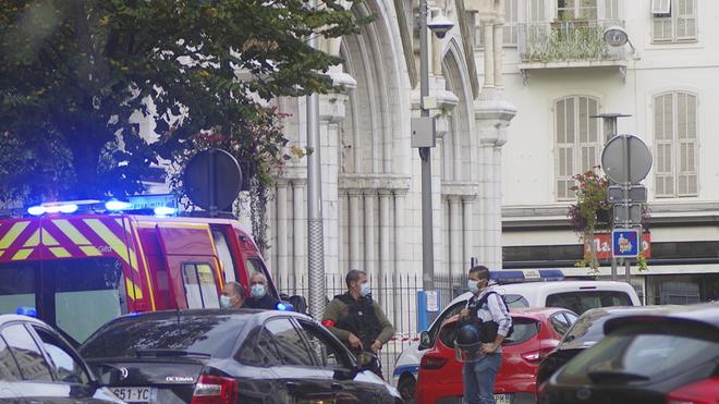 Basílica de Notre Dame en Niza, centro de un atentado que deja tres...