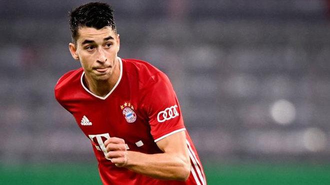 Marc Roca, con el Bayern.