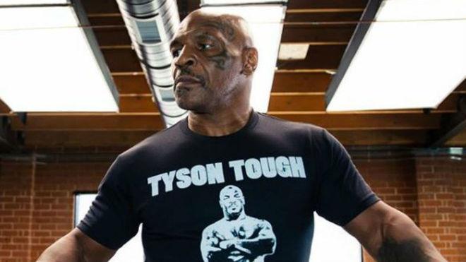 La leyenda del bozeo Mike Tyson.