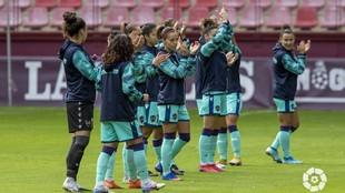 Las jugadoras del Levante durante un partido esta temporada en Las...