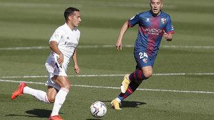 Lucas Vázquez, durante el partido ante el Huesca