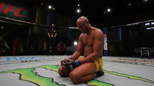 Anderson Silva tras perder ante Uriah Hall.