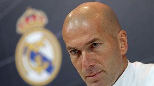 """""""Desconozco si Zidane ha dicho a Ramos donde tiene la puerta, si intentó cambiar a Cristiano..."""""""