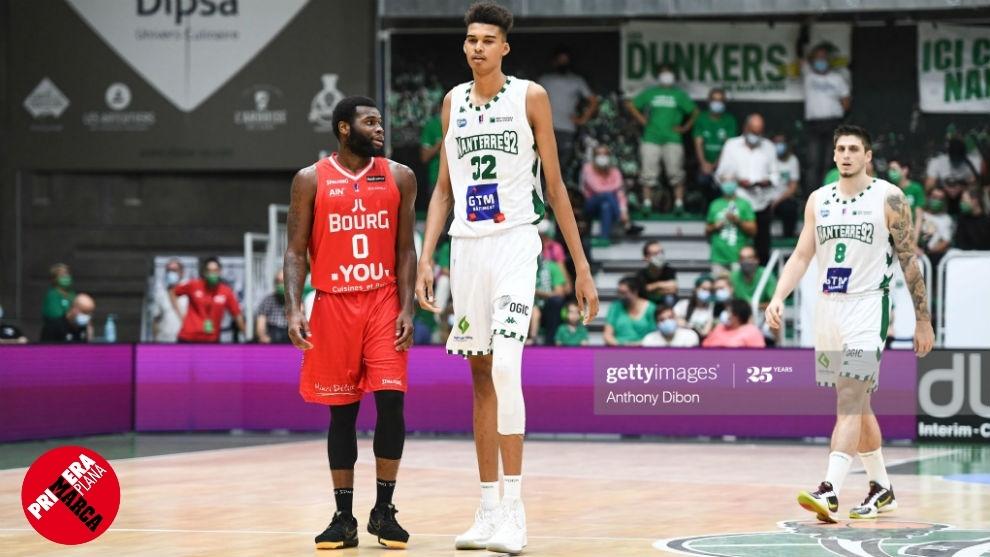 Olivier Rioux, un niño Canadiense mide 2'18m ¿ Estamos ante el futuro hombre más alto del mundo?  - Página 4 16043933173581