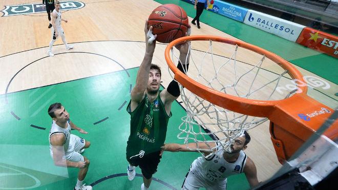 Ante Tomic anota en el partido de ida ante el Partizan.