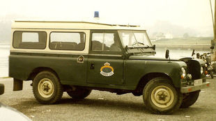 Un antiguo Land Rover 109 de la Guardia Civil.