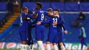 El Chelsea celebra uno de los goles anotados por Timo Werner desde el...