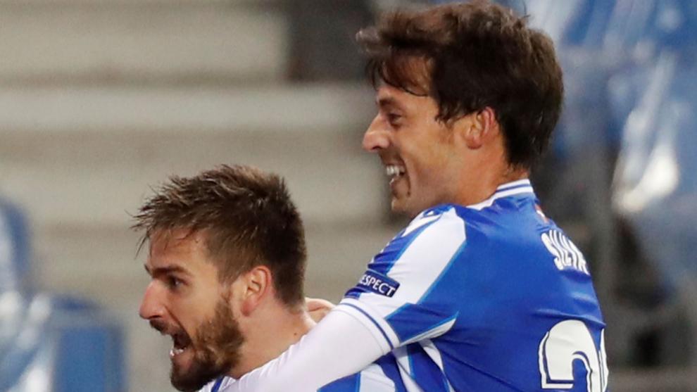 Portu y Silva celebran el 1-0.