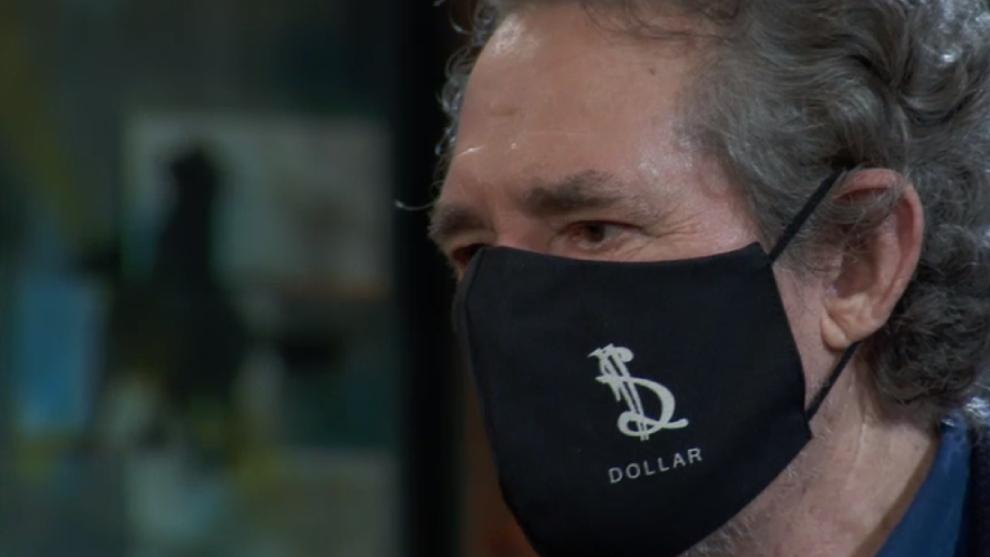 Miguel Ríos en La Resistencia con la mascarilla de Dollar Selmouni