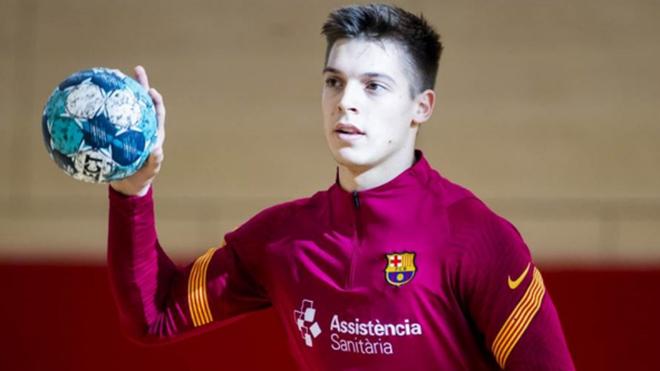 Domen Makuc durante un entrenamiento  con el Barcelona /