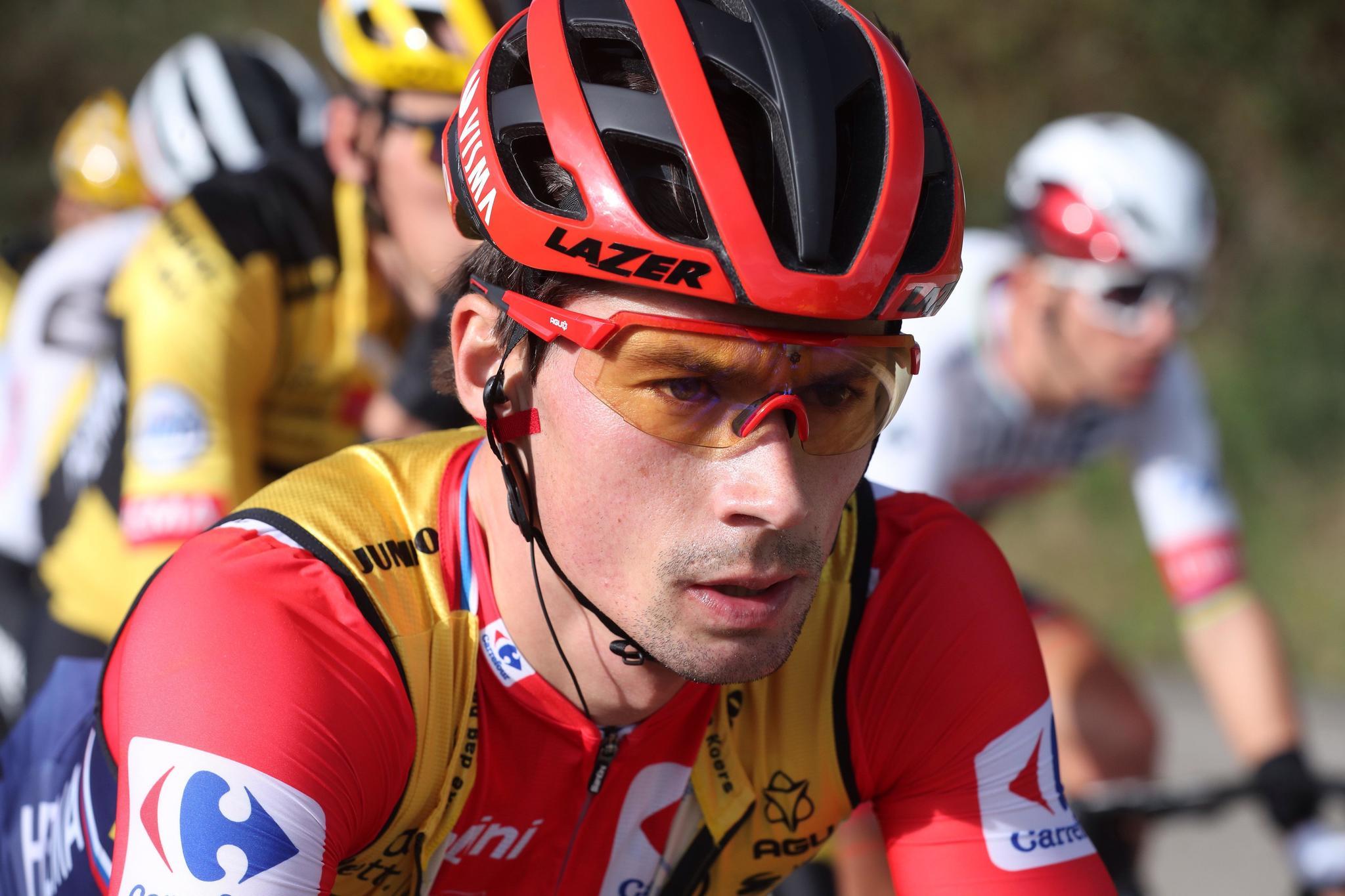 El líder de la Vuelta a España, el ciclista esloveno Primoz Roglic
