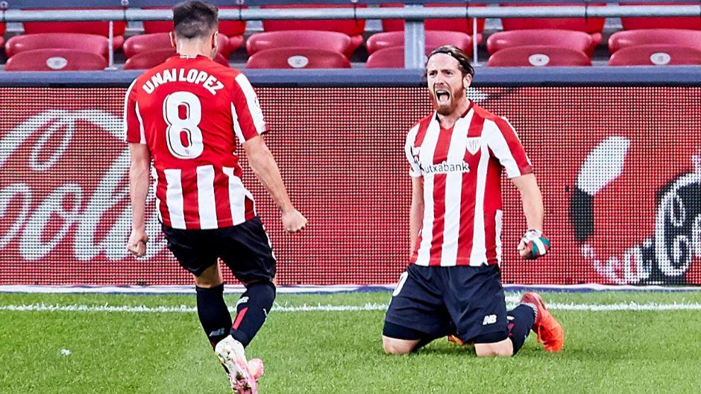 Munian celebra con Unai López su último gol en LaLiga, que abrió el...