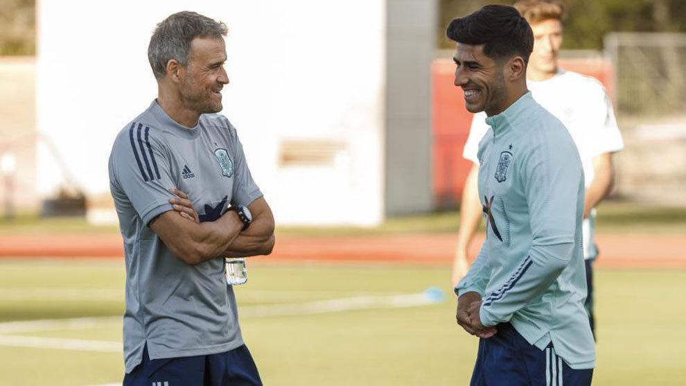 Luis Enrique and Asensio.