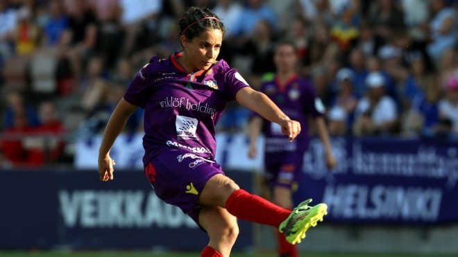 Rosita Herreros durante un partido con el Åland United esta...