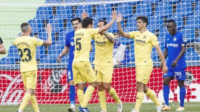 Los jugadores del Villarreal celebran un gol ante el Getafe.