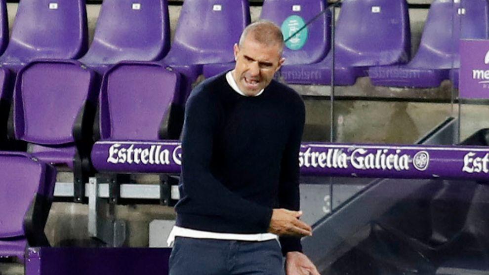 Garitano, con un gesto de enfado durante el partido.