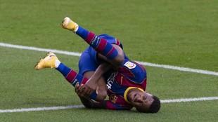 Ansu Fati el día de su lesión con el Barcelona.