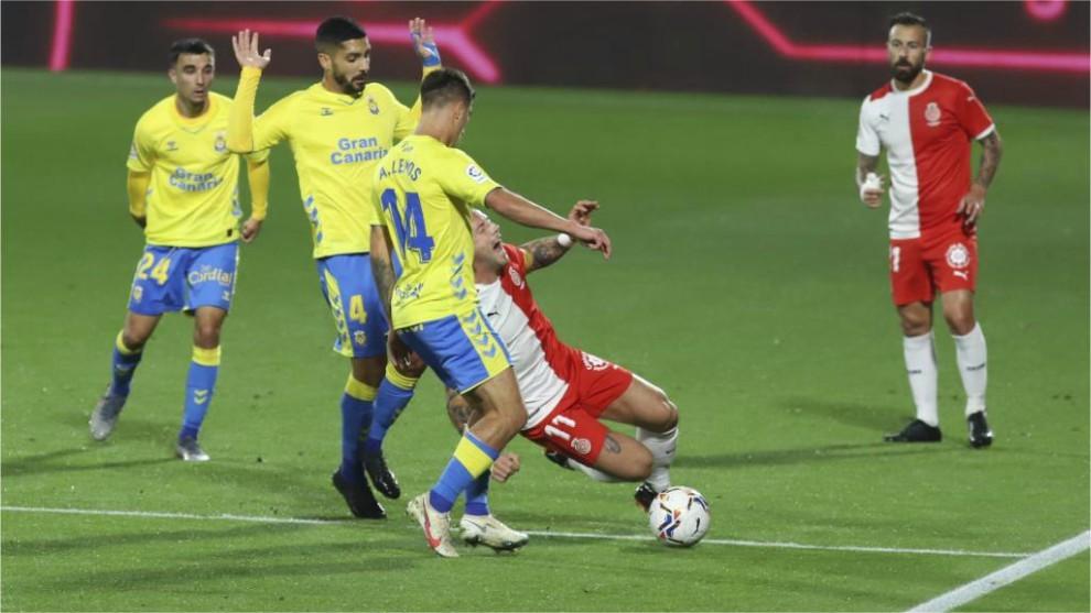 Lance del partido disputado en Montilivi entre el Girona y las Palmas