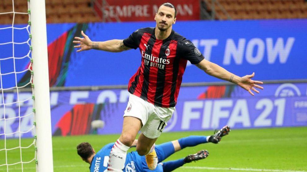 Ibrahimovic celebra su gol ante el AS Roma