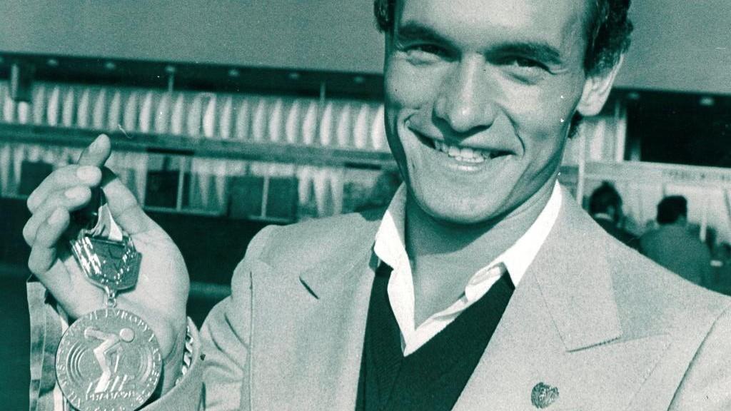 Jordi Llopart, con la medalla de oro del Europeo de Praga 1978