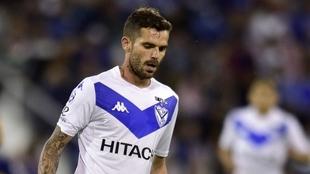 Fernando Gago se retira por sorpresa del fútbol profesional