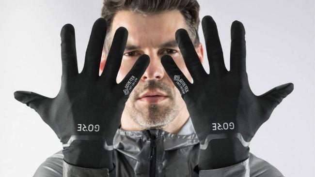 Estos son los mejores guantes para montar en moto o hacer deporte