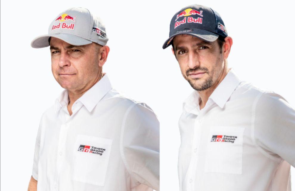 Álex Haro (derecha), copilotará a Giniel de Villiers (izquierda).