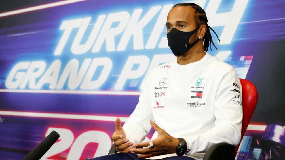 Hamilton, durante el GP de Turquía 2020, en el que se proclamó...