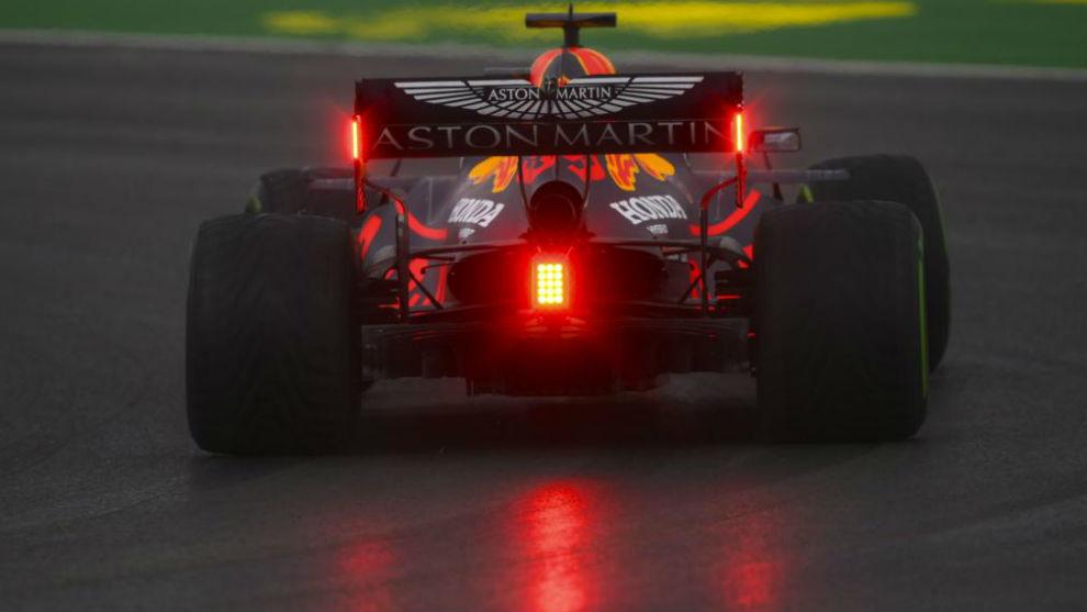 Max Verstappen, durante los Libres 3 del GP de Turquía 2020.