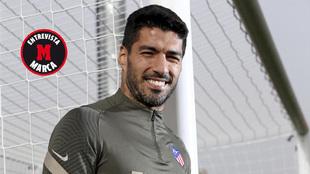 Luis Suárez posa para MARCA.