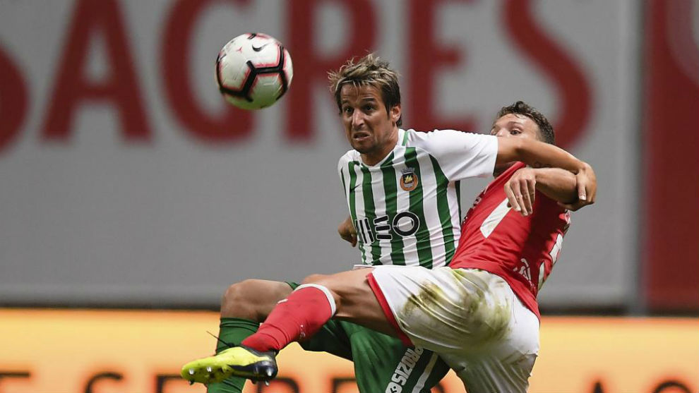 Coentrao against Sequeira, from Braga.