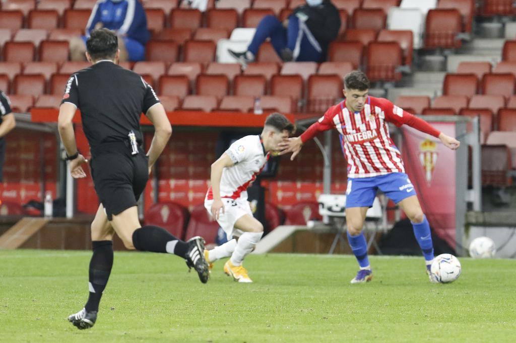 Nacho Méndez, que acabó lesionado y entre lágrimas, controla el...