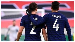 Varane, durante el partido ante Suecia.