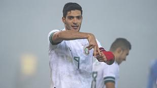 Raúl Jiménez anotó el primer gol de México