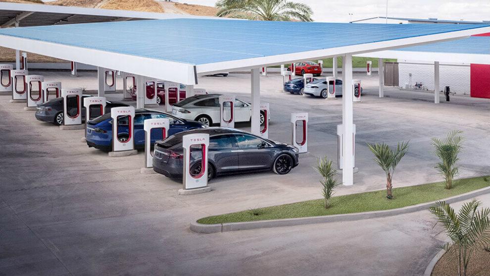 Una estación de supercargadores Tesla en Estados Unidos.