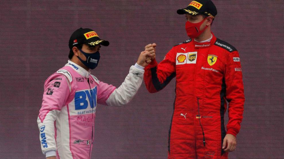 Checo Pérez felicita a Vettel (el piloto que le sustituirá) en el...