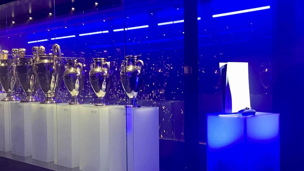 El Real Madrid  da la bienvenida a PlayStation 5