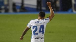 Borja Bastón celebra un gol con el Leganés
