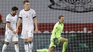 España golea 6-0 a Alemania.