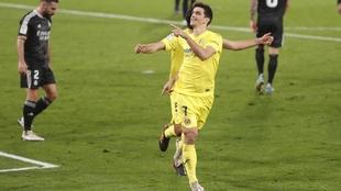 Gerard Moreno celebra el gol de penalti.