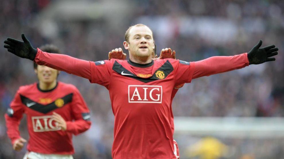 Rooney celebra un gol con el United