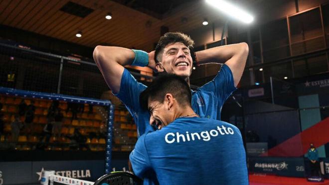 Juan Tello y Fede Chingotto celebran su primer título juntos.