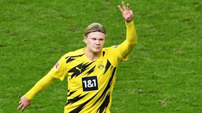 Póker de goles de Haaland ante el Hertha Berlin.